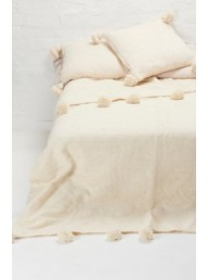 BAREFOOT GYPSY - Nizar Wool Blanket - Ivory with Ivory Pompoms